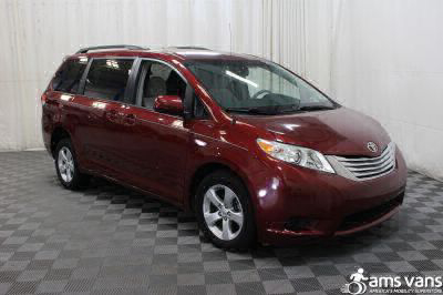 2013 Toyota Sienna Wheelchair Van For Sale -- Thumb #7
