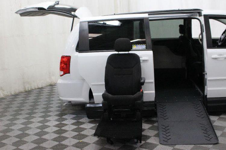 2016 Dodge Grand Caravan SXT Wheelchair Van For Sale #10