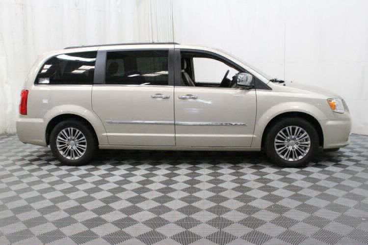 2014 Chrysler Town and Country Touring-L Wheelchair Van For Sale #2
