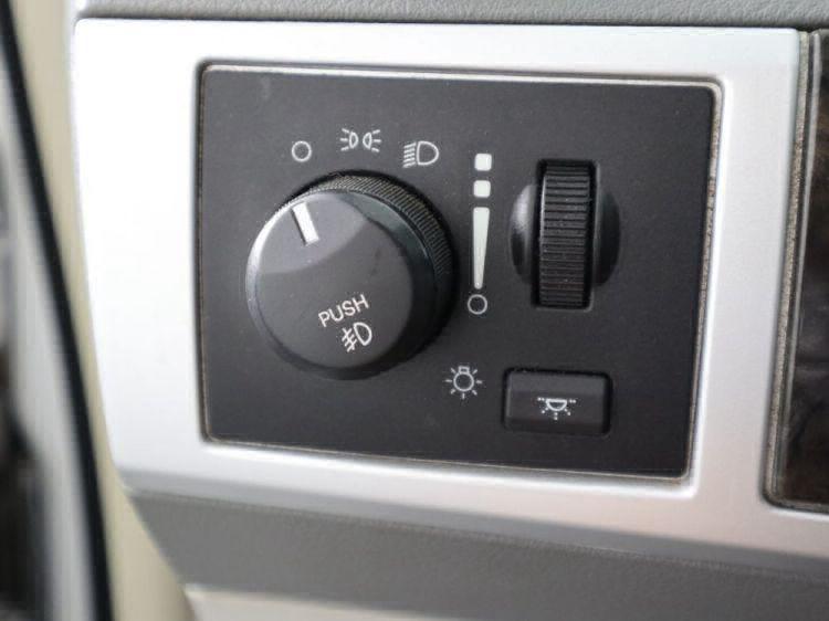 2010 Dodge Grand Caravan SXT Wheelchair Van For Sale #6