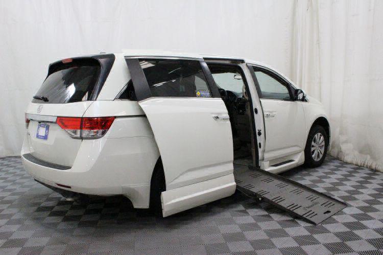 2016 Honda Odyssey EX-L Wheelchair Van For Sale #4