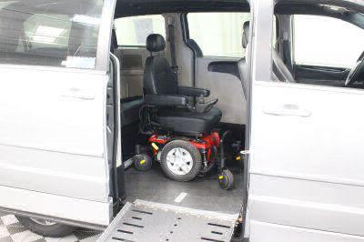 2017 Dodge Grand Caravan Wheelchair Van For Sale -- Thumb #3