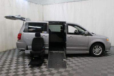 2014 Dodge Grand Caravan Wheelchair Van For Sale -- Thumb #13