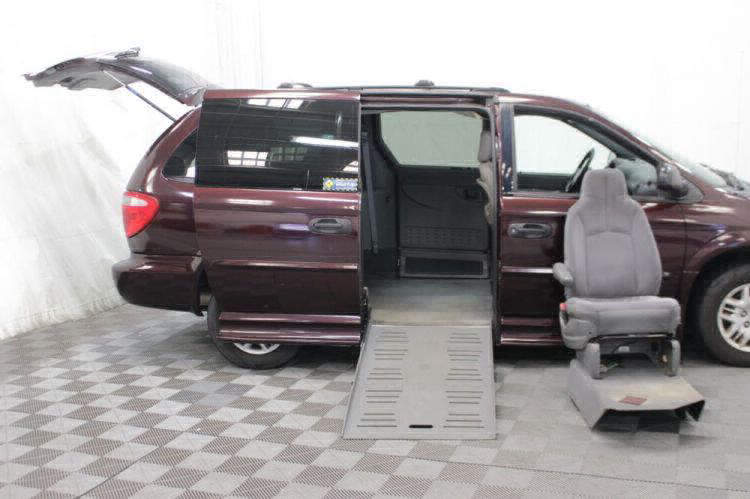 2004 Dodge Grand Caravan SE Wheelchair Van For Sale #14