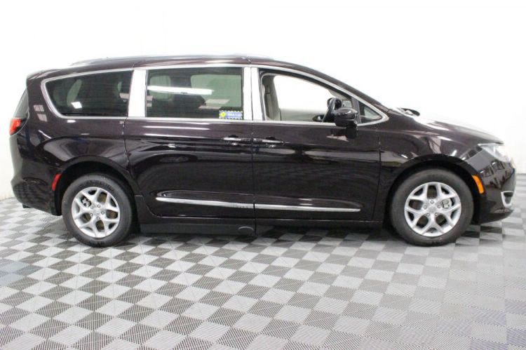 2017 Chrysler Pacifica Touring-L Plus Wheelchair Van For Sale #18