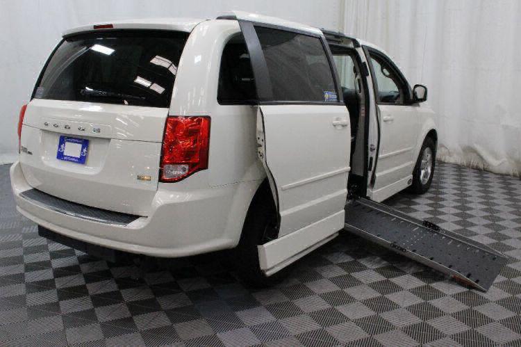 2013 Dodge Grand Caravan SXT Wheelchair Van For Sale #3