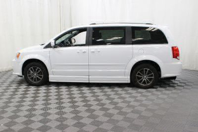 2017 Dodge Grand Caravan Wheelchair Van For Sale -- Thumb #13