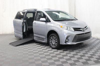 Commercial Wheelchair Vans for Sale - 2018 Toyota Sienna XLE ADA Compliant Vehicle VIN: 5TDYZ3DC0JS952221