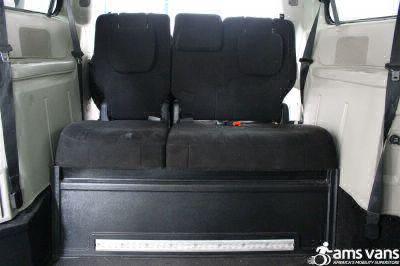 2012 Dodge Grand Caravan Wheelchair Van For Sale -- Thumb #9
