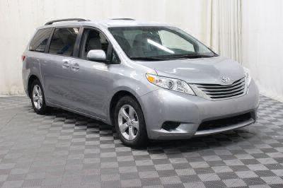 Commercial Wheelchair Vans for Sale - 2017 Toyota Sienna LE ADA Compliant Vehicle VIN: 5TDKZ3DC1HS833335