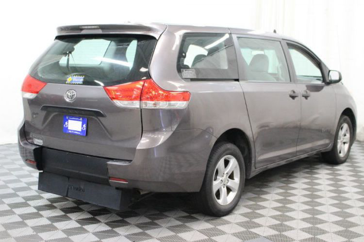 2014 Toyota Sienna L Wheelchair Van For Sale #11