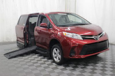 New Wheelchair Van for Sale - 2018 Toyota Sienna LE Wheelchair Accessible Van VIN: 5TDKZ3DC8JS903595