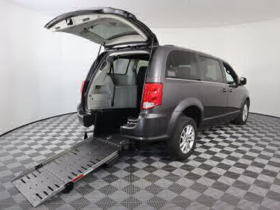 Commercial Wheelchair Vans for Sale - 2019 Dodge Grand Caravan SXT ADA Compliant Vehicle VIN: 2C4RDGCG4KR559024