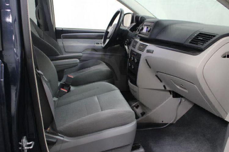 2009 Volkswagen Routan SE Wheelchair Van For Sale #22