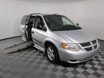 Used Wheelchair Van for Sale - 2005 Dodge Grand Caravan SE Wheelchair Accessible Van VIN: 1D4GP24R35B278887
