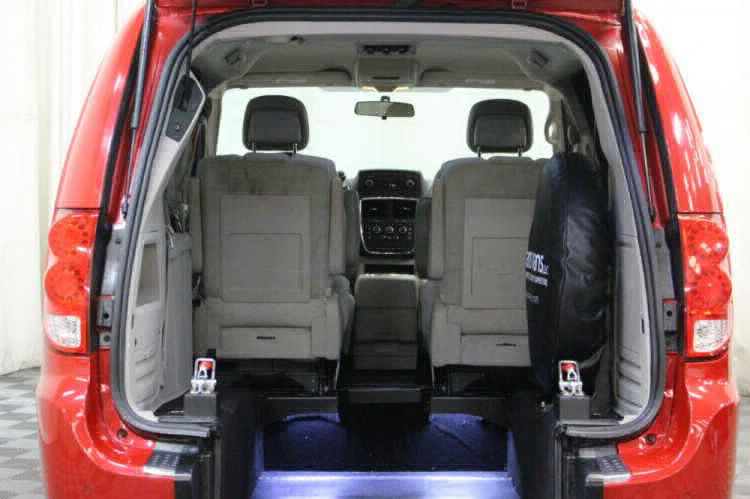 2014 Dodge Grand Caravan SXT Wheelchair Van For Sale #3