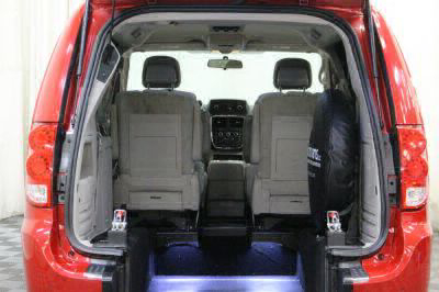 2014 Dodge Grand Caravan Wheelchair Van For Sale -- Thumb #3