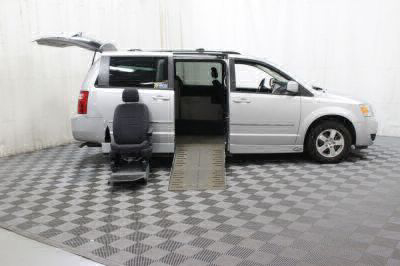 2010 Dodge Grand Caravan Wheelchair Van For Sale -- Thumb #10