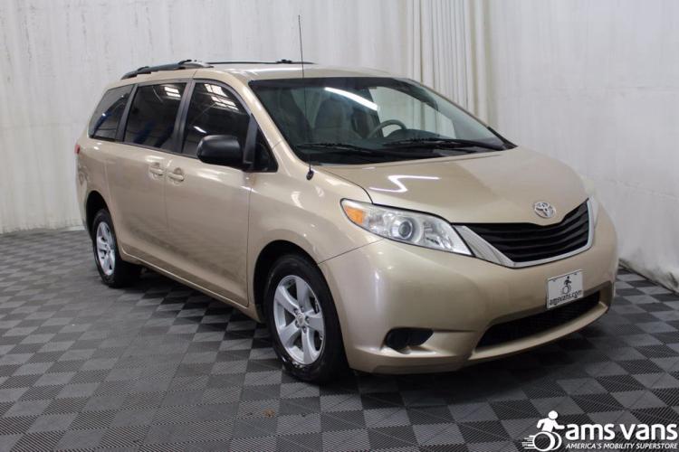 2011 Toyota Sienna LE Wheelchair Van For Sale #6