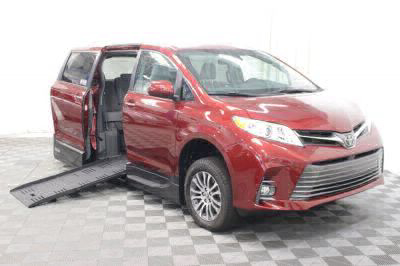 Handicap Van for Sale - 2019 Toyota Sienna XLE 8-Passenger Wheelchair Accessible Van VIN: 5TDYZ3DC2KS011435