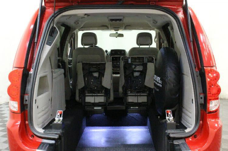 2014 Dodge Grand Caravan SXT Wheelchair Van For Sale #4