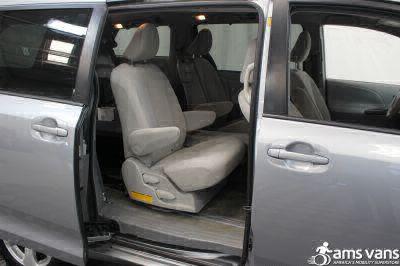 2011 Toyota Sienna Wheelchair Van For Sale -- Thumb #8