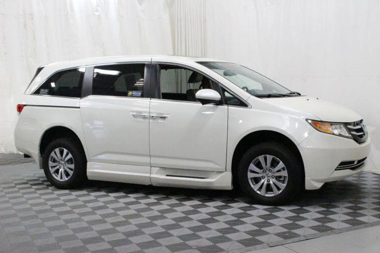 2016 Honda Odyssey EX-L Wheelchair Van For Sale #8