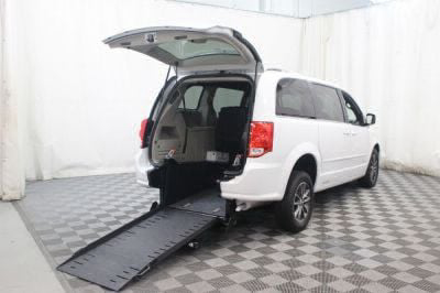 Commercial Wheelchair Vans for Sale - 2017 Dodge Grand Caravan SXT ADA Compliant Vehicle VIN: 2C4RDGCG4HR852902