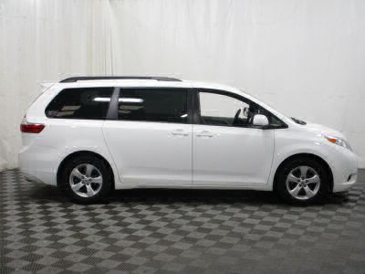 Commercial Wheelchair Vans for Sale - 2016 Toyota Sienna LE ADA Compliant Vehicle VIN: 5TDKK3DC6GS694418