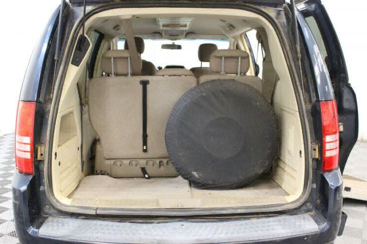 2008 Chrysler Town and Country Touring Wheelchair Van For Sale #7