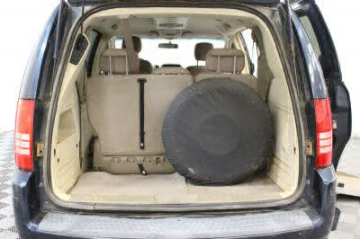 2008 Chrysler Town and Country Wheelchair Van For Sale -- Thumb #7