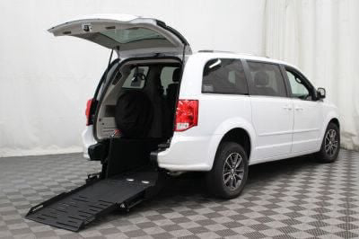 Commercial Wheelchair Vans for Sale - 2017 Dodge Grand Caravan SXT ADA Compliant Vehicle VIN: 2C4RDGCG3HR596669