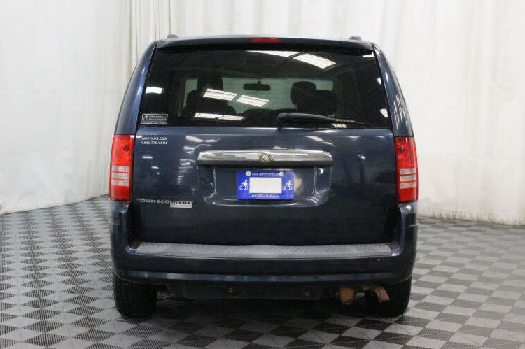 2008 Chrysler Town and Country Touring Wheelchair Van For Sale #16