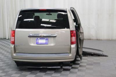2009 Chrysler Town and Country Wheelchair Van For Sale -- Thumb #4