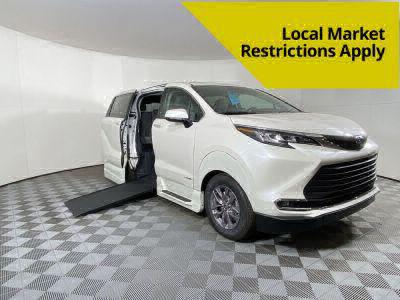 Handicap Van for Sale - 2021 Toyota Sienna FWD XLE Wheelchair Accessible Van VIN: 5TDYRKECXMS026213