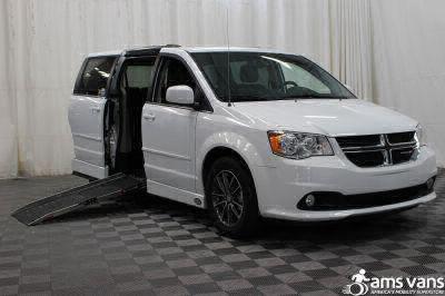 2017 Dodge Grand Caravan Wheelchair Van For Sale