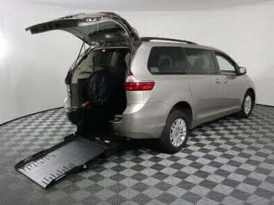 Commercial Wheelchair Vans for Sale - 2017 Toyota Sienna XLE ADA Compliant Vehicle VIN: 5TDYZ3DC6HS893265