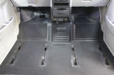2010 Dodge Grand Caravan Wheelchair Van For Sale -- Thumb #24