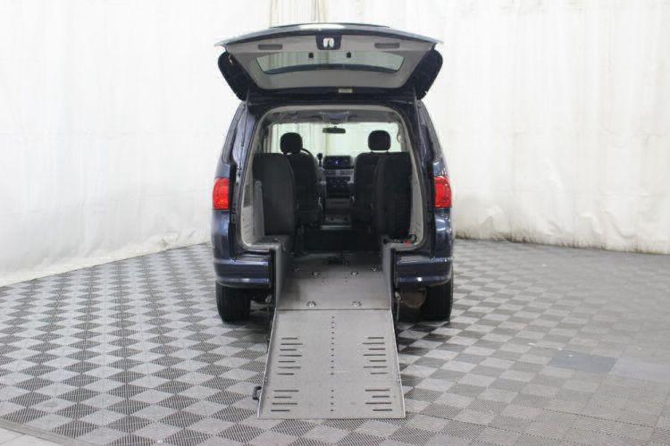2009 Volkswagen Routan SE Wheelchair Van For Sale #1