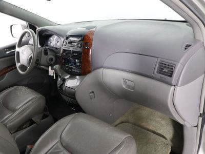 2004 Toyota Sienna Wheelchair Van For Sale -- Thumb #25