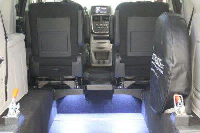 2014 Dodge Grand Caravan Wheelchair Van For Sale -- Thumb #6