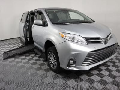 Handicap Van for Sale - 2019 Toyota Sienna XLE Wheelchair Accessible Van VIN: 5TDYZ3DC5KS973101