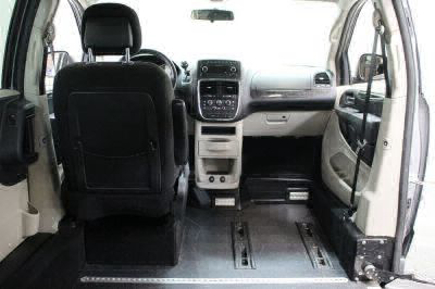 2013 Dodge Grand Caravan Wheelchair Van For Sale -- Thumb #8