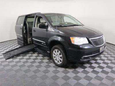 Used Wheelchair Van for Sale - 2015 Chrysler Town & Country Touring Wheelchair Accessible Van VIN: 2C4RC1BG8FR617921
