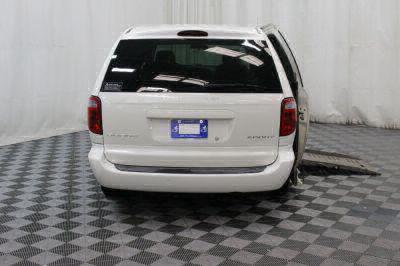 2002 Dodge Grand Caravan Wheelchair Van For Sale -- Thumb #8
