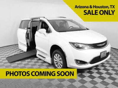 New Wheelchair Van for Sale - 2020 Chrysler Pacifica TOURING-L PLUS Wheelchair Accessible Van VIN: 2C4RC1EG5LR165837