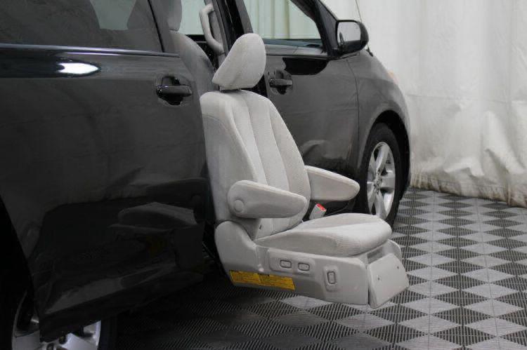 2014 Toyota Sienna LE Wheelchair Van For Sale #34