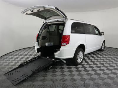Commercial Wheelchair Vans for Sale - 2019 Dodge Grand Caravan SXT ADA Compliant Vehicle VIN: 2C4RDGCG6KR518779