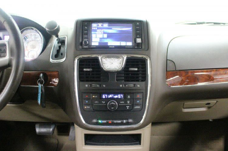 2014 Chrysler Town and Country Touring Wheelchair Van For Sale #18