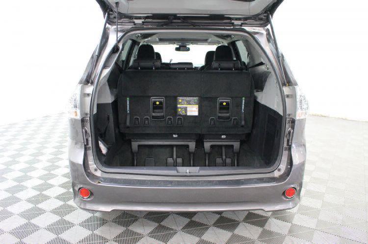 2018 Toyota Sienna SE Wheelchair Van For Sale #6